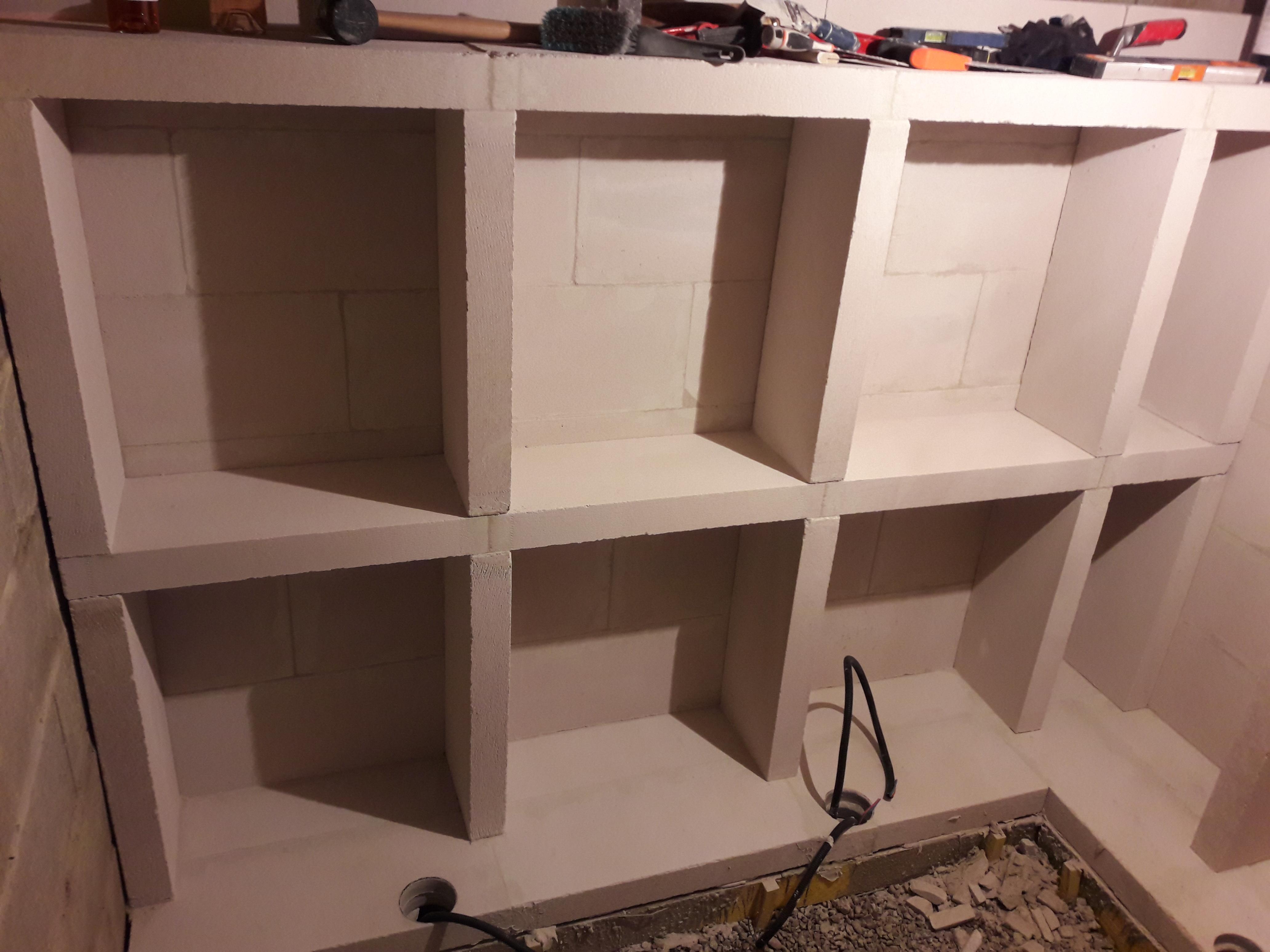 r novation cave en b ton cellulaire courtonne services. Black Bedroom Furniture Sets. Home Design Ideas